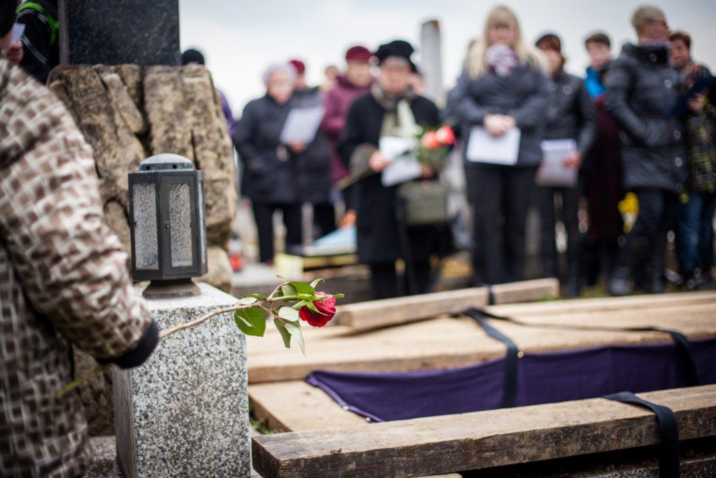 Funérailles Noel - Pompes funèbres à Huy, Marchin, Braives et Villers-le-Bouillet